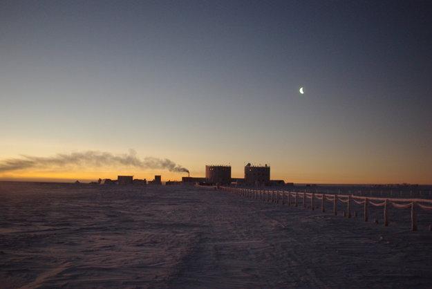 Winter_at_Concordia_node_full_image