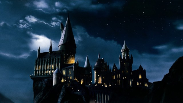 hogwarts-castle-harry-potter-166431-113432