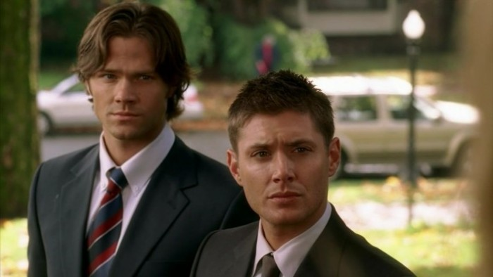4130597--a-very-supernatural-christmas-the-winchesters-2305207-1280-720