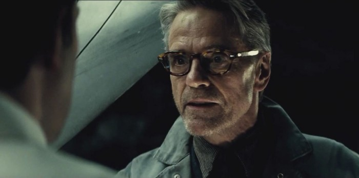 Alfred Batman V Superman